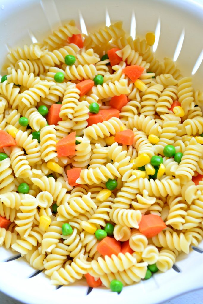 Cooked pasta and veggies