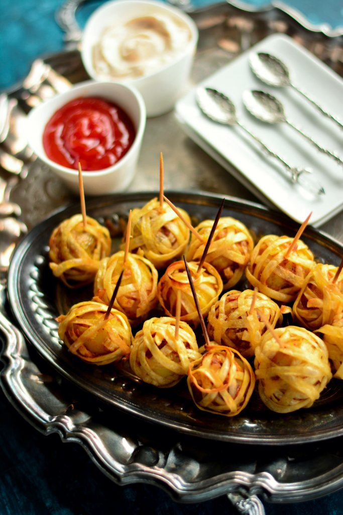 Baked or Fried, these Vegan Noodle Wrapped Potato Bundles are delicious and would make a very cute and delicious addition to any lunch/dinner you host.