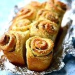 Garlic Pull apart rolls 1