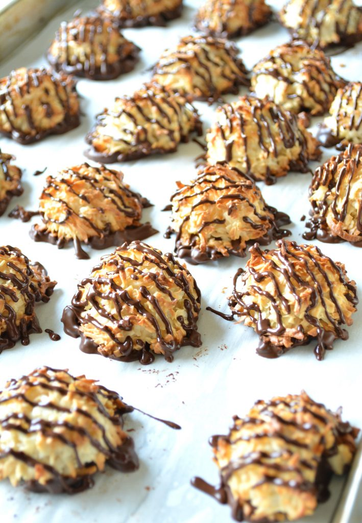 Coconut macaroons with chocolate 2