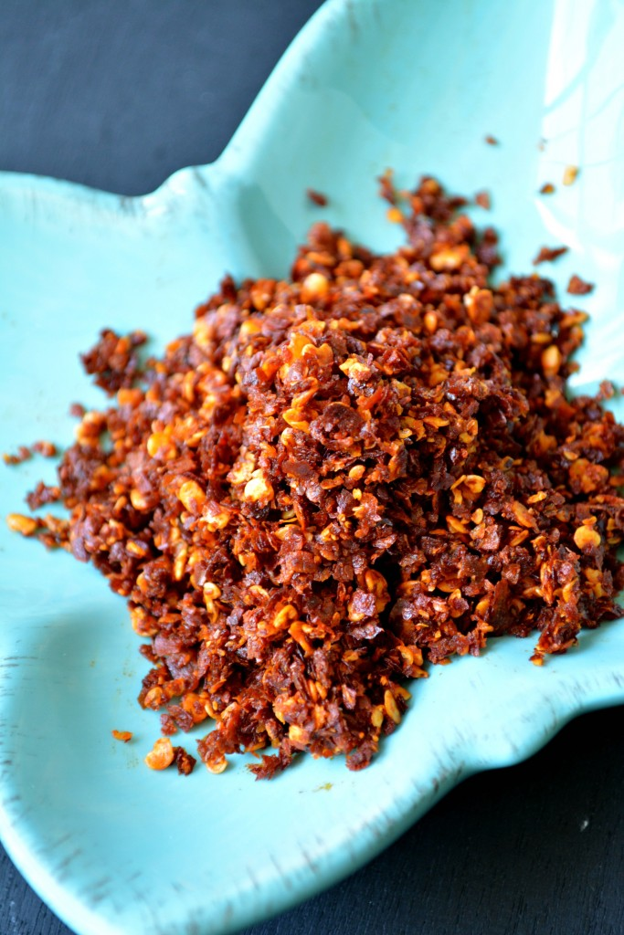 Fried Red Chilli flakes are an essential condiment in Burmese cuisine. A pinch of these in a savory dish elevates it to a whole new level!