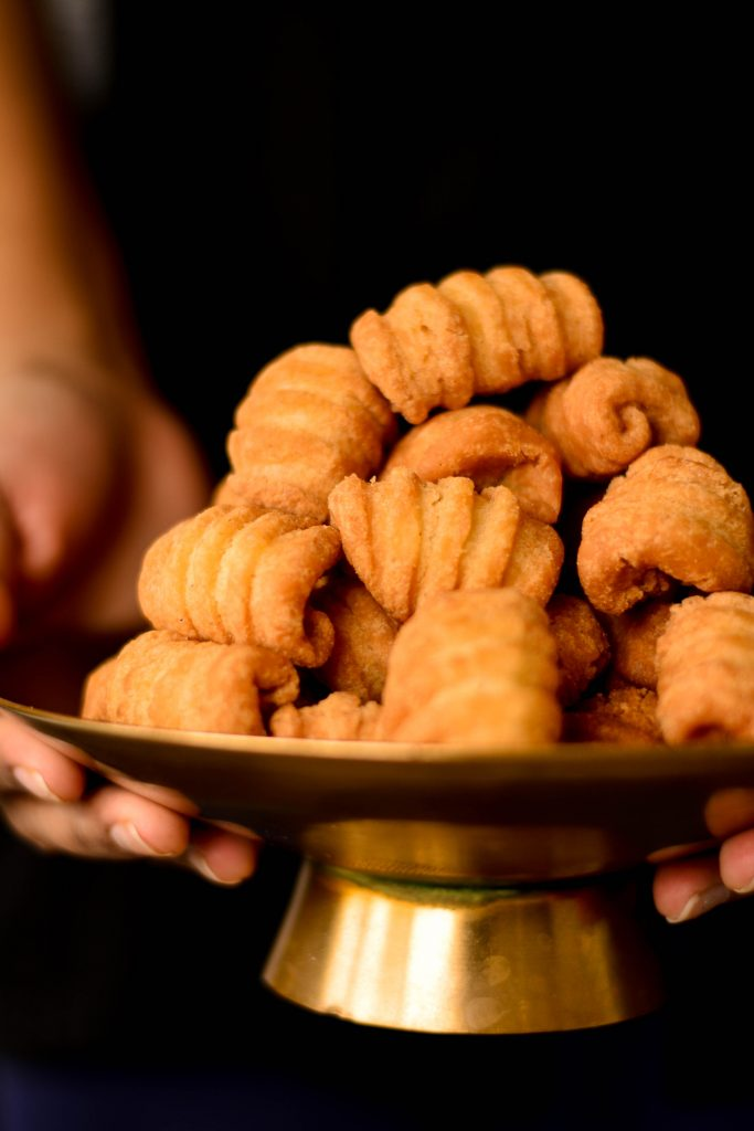 There is no Indian Christmas without Kal Kal - a cardamom flavoured deep-fried cookie that is crisp on the outside & cake-like on the inside.